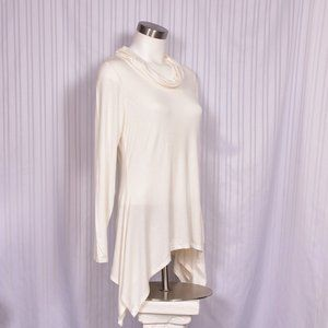 New Directions Loose Turtle Neck Cream Top NWT